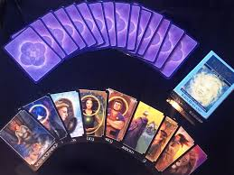 Your Tarot Reading: Love Life